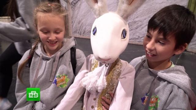 Участники шоу «Ты супер! Танцы» увидели постановку «Кролик Эдвард».НТВ.Ru: новости, видео, программы телеканала НТВ