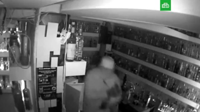 Самую дорогую бутылку водки в мире украли в Копенгагене.алкоголь, Дания, кражи и ограбления, рестораны и кафе.НТВ.Ru: новости, видео, программы телеканала НТВ