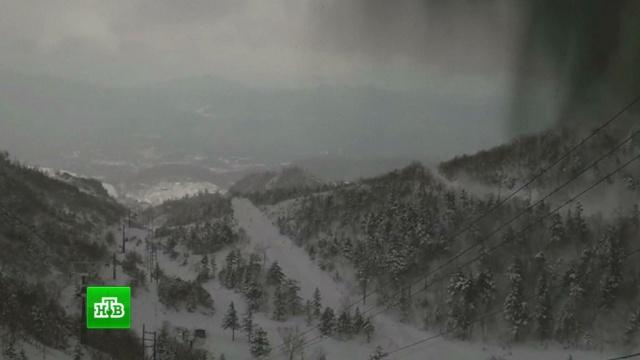 На горнолыжном курорте вЯпонии 16человек пострадали от извержения вулкана.Япония, вулканы, горные лыжи, курорты.НТВ.Ru: новости, видео, программы телеканала НТВ