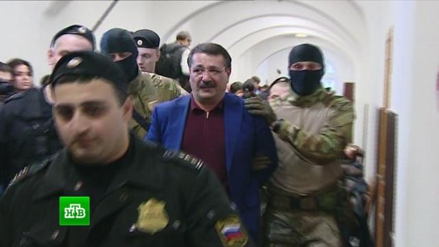 Суд арестовал еще двоих экс-чиновников по делу охищении бюджетных средств вДагестане.Дагестан, аресты, задержание, мошенничество, суды, хищения.НТВ.Ru: новости, видео, программы телеканала НТВ