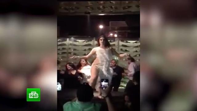 Россиянку задержали в Египте из-за слишком откровенных танцев в клубе.Египет, задержание, ночные клубы, скандалы, эротика и секс.НТВ.Ru: новости, видео, программы телеканала НТВ