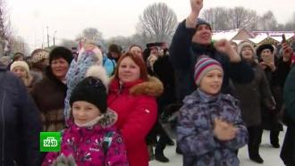 Тысячи москвичей песнями и плясками отметили Масленицу в «Коломенском»