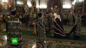 Патриарх Кирилл отслужил панихиду по жертвам расстрела вКизляре