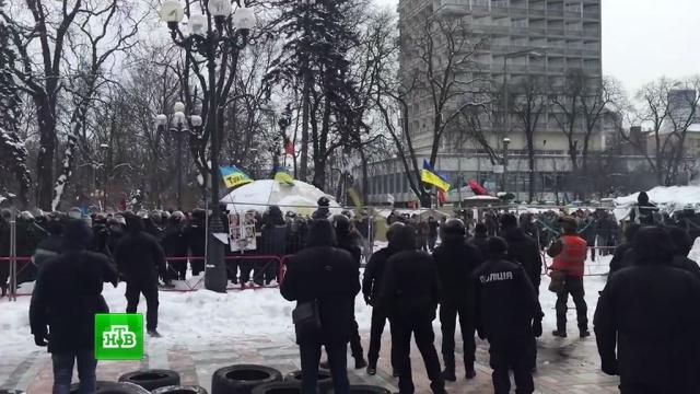 ВКиеве сторонники Саакашвили закидали силовиков камнями: 13пострадавших.Киев, Саакашвили, Украина, беспорядки, митинги и протесты.НТВ.Ru: новости, видео, программы телеканала НТВ
