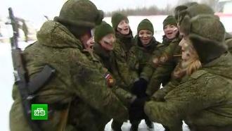 «Макияж под камуфляж»: вРВСН проходит финал конкурса среди <nobr>женщин-военнослужащих</nobr>