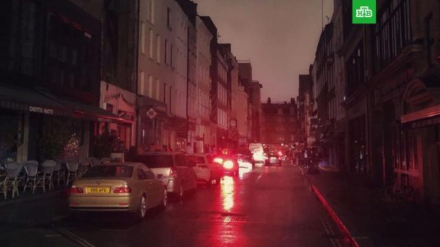 Несколько кварталов британской столицы погрузились во тьму.Великобритания, Лондон, аварии в ЖКХ, электростанции.НТВ.Ru: новости, видео, программы телеканала НТВ