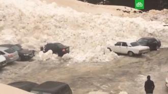 Мощная лавина завалила автостоянку вПриэльбрусье