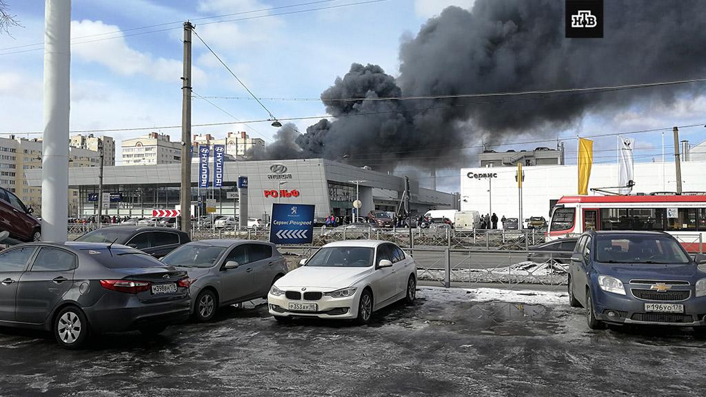В москве сгорел автосалон прокат авто без залога на кипре