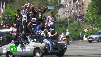 Лидер оппозиции вЕреване заявил оготовности кпереговорам сКарапетяном