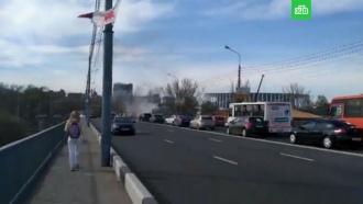 Автобус спассажирами загорелся на мосту вНижнем Новгороде
