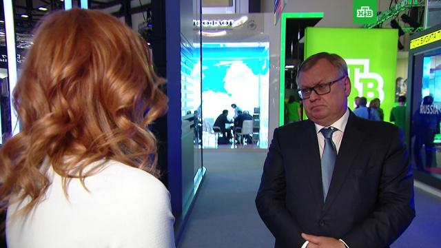 Андрей Костин: Европа дальше не пойдет на санкции, а Америка может.ВТБ, интервью, ПМЭФ, санкции, Франция, экономика и бизнес, эксклюзив, Япония.НТВ.Ru: новости, видео, программы телеканала НТВ