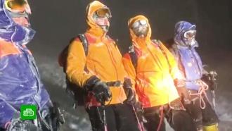 Спасатели нашли заблудившихся на Эльбрусе туристов из Германии иПольши