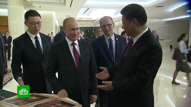 Путин подарил Си Цзиньпину русскую баню из сибирского кедра.Китай, Путин, ШОС, подарки.НТВ.Ru: новости, видео, программы телеканала НТВ