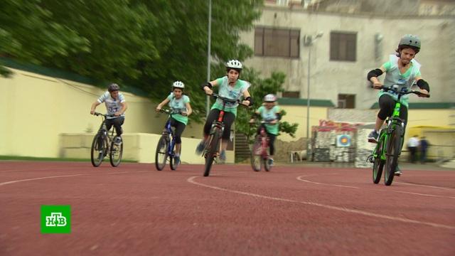 «Энергия поколений»: вМахачкале устроили благотворительный триатлон.Дагестан, Махачкала, благотворительность, детские дома.НТВ.Ru: новости, видео, программы телеканала НТВ