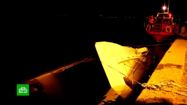 Найдено тело 11-й погибшей при столкновении катамарана сбаржей на Волге.Волга, Волгоградская область, корабли и суда, реки и озера.НТВ.Ru: новости, видео, программы телеканала НТВ