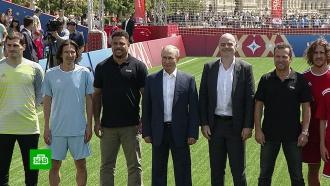 Детский футбольный матч на Красной площади открыли Путин иИнфантино