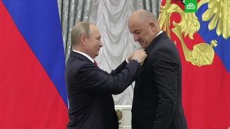 Путин вручил Черчесову орден Александра Невского