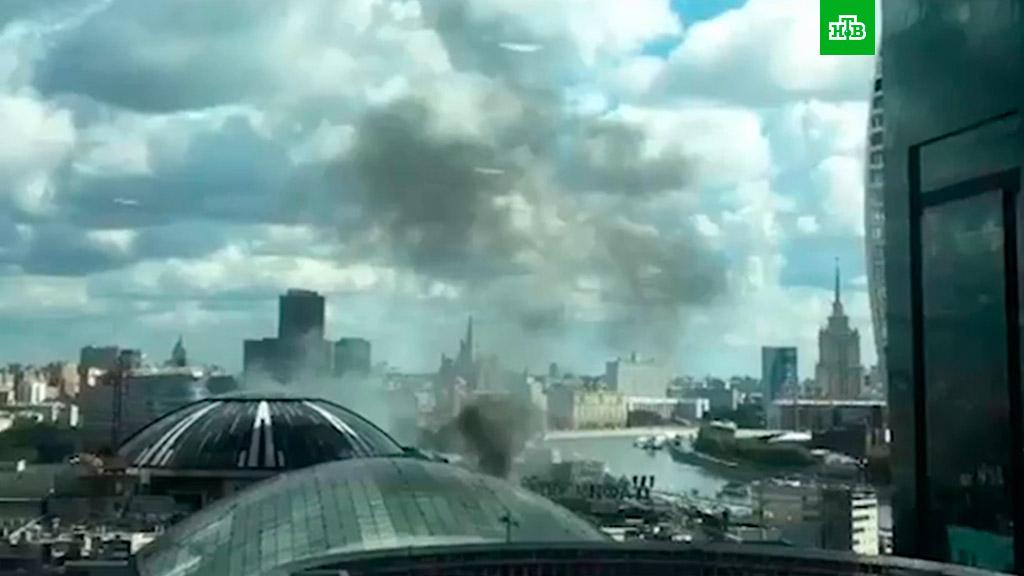 В Москве горит ТЦ «Афимолл Сити»    НТВ.Ru da5a3e7c6fa