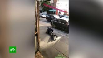 Американские бездомные отжимались перед бойцом Нурмагомедовым за деньги