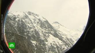 Спасатели готовятся к эвакуации туристов, застрявших в горах Алтая