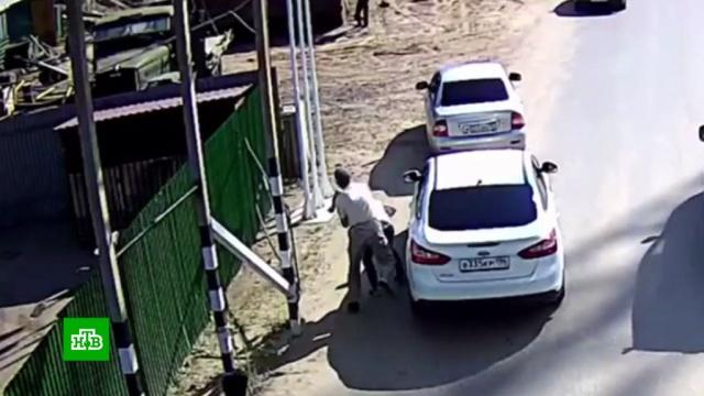 В Тюмени расследуют избиение полицейских охранниками переправы.драки и избиения, полиция, стрельба, Тюмень.НТВ.Ru: новости, видео, программы телеканала НТВ