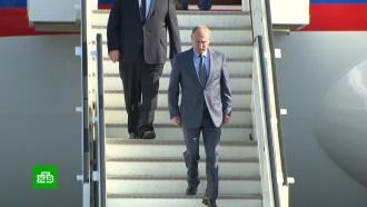 В резиденции Мезерберг началась встреча Путина и Меркель