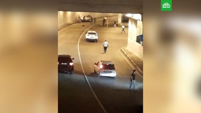 На юге Москвы автомобиль перевернулся втоннеле, есть погибшие.ГИБДД, ДТП, Москва, автомобили.НТВ.Ru: новости, видео, программы телеканала НТВ
