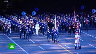 Фестиваль «Спасская башня» завершился в Москве красочным шоу