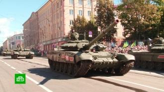 В Брянске прошел парад военной техники.Брянск, вооружение, парады.НТВ.Ru: новости, видео, программы телеканала НТВ