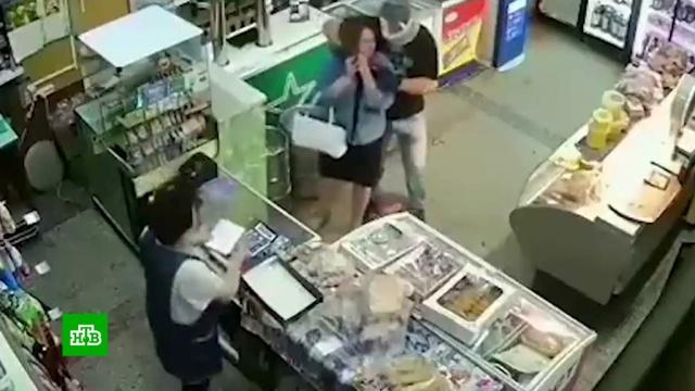 Полиция задержала грабителя, устроившего резню в самарском магазине.Самара, задержание, кражи и ограбления, нападения.НТВ.Ru: новости, видео, программы телеканала НТВ