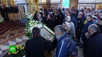ВКурске устроили юбилейный крестный ход сиконой Божией Матери