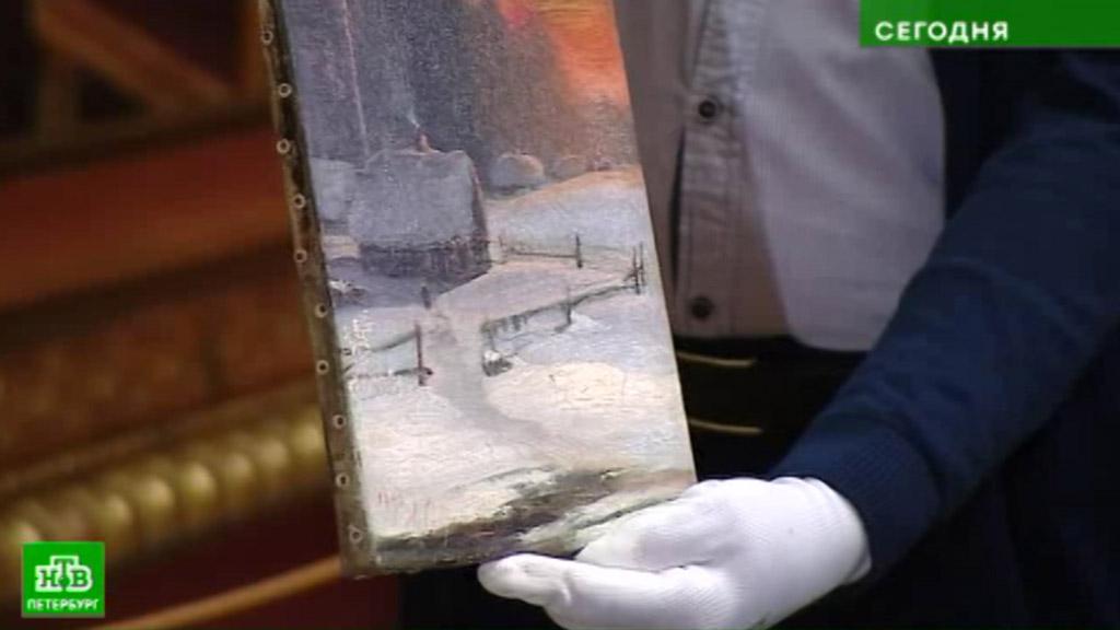 ФСБ передала Русскому музею изъятые уконтрабандиста картиныXIX века