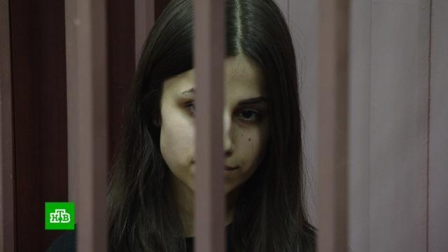 Убивших отца сестер отпустили по домам.Москва, аресты, суды, убийства и покушения.НТВ.Ru: новости, видео, программы телеканала НТВ