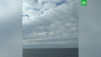 Киев показал видео полета «российского Су-27» над украинскими боевыми кораблями