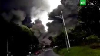 ВИндонезии после землетрясения ицунами начал извергаться вулкан