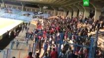 Матч между сборными Армении и Гибралтара в Ереване закончился дракой фанатов.В столице Армении фанаты не смогли сдержать разочарования исходом футбольного матча с Гибралтаром и пустили в ход кулаки. Пришлось вмешаться полиции.Армения, Ереван, фанаты, футбол.НТВ.Ru: новости, видео, программы телеканала НТВ