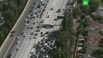 ВКалифорнии не менее 40человек пострадали вДТП савтобусом