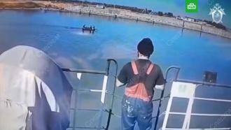 Гибель троих мужчин в реке в Ростовской области попала на видео
