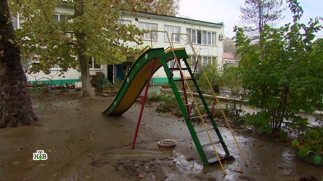 «Нас никто не предупредил»: жители Кубани узнали о наводнении слишком поздно.Краснодарский край, наводнения, стихийные бедствия.НТВ.Ru: новости, видео, программы телеканала НТВ