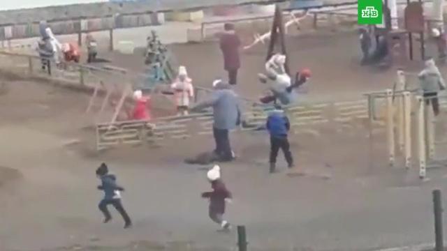 Под Магаданом воспитательница наступила на ребенка на глазах у его отца.Магадан, дети и подростки, детские сады.НТВ.Ru: новости, видео, программы телеканала НТВ