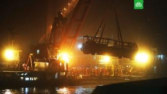 В&nbsp;Китае 13&nbsp;человек погибли в&nbsp;реке <nobr>из-за</nobr> пассажирки автобуса