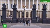 Медленно ис протестами: вРусском музее начинается масштабный переезд экспонатов