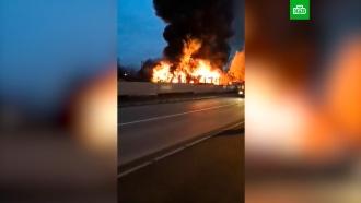 Четыре человека погибли при пожаре вшиномонтаже вЛенобласти