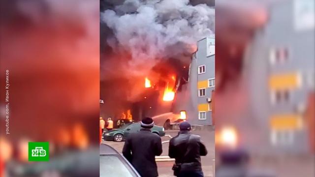 Угорящего гипермаркета вПетербурге рухнула крыша.Санкт-Петербург, пожары.НТВ.Ru: новости, видео, программы телеканала НТВ