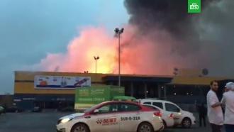 Гипермаркет &laquo;Лента&raquo; горит в&nbsp;<nobr>Санкт-Петербурге</nobr>