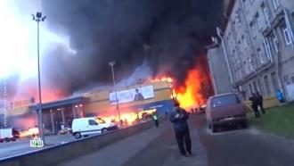 Число пострадавших при пожаре впитерской «Ленте» увеличилось до двух