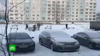 В Кемеровской области установили детскую площадку, сфотографировали ее и увезли