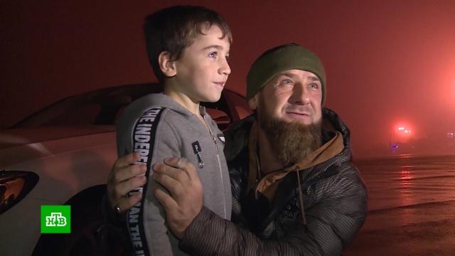 Кадыров подарил Mercedes пятилетнему «Шварценеггеру».Кадыров, Чечня, дети и подростки, рекорды, спорт.НТВ.Ru: новости, видео, программы телеканала НТВ
