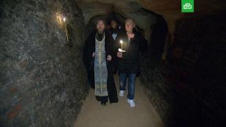 Опубликовано видео прогулки Путина по монастырю