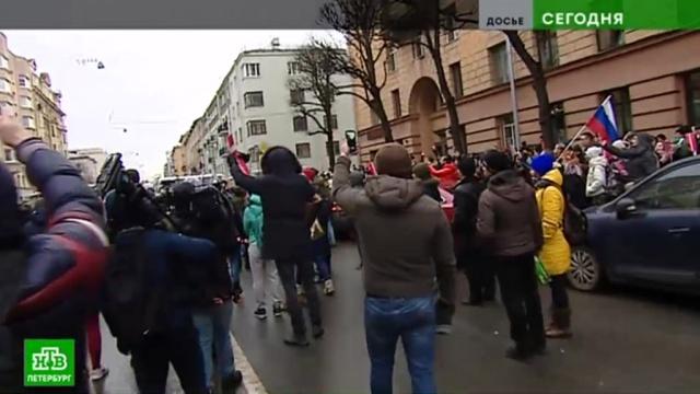 В Северной столице станет больше гайд-парков для митингов.Санкт-Петербург, Смольный, законодательство, митинги и протесты.НТВ.Ru: новости, видео, программы телеканала НТВ
